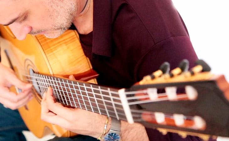 Gabriele Curciotti: gli abbellimenti sulla chitarra classica