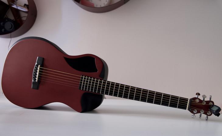 Journey Overhead: acquisto e prime impressioni d'uso di una chitarra da viaggio